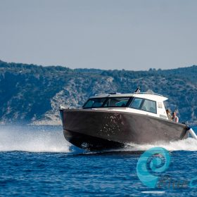Speed boat tours from Split